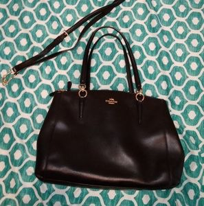Authintic coach purse.